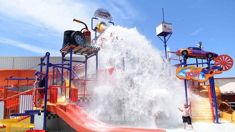 Waterpark Playground Splashin' Speedway