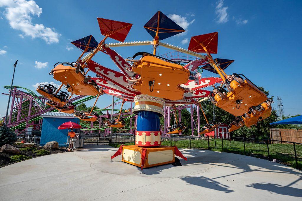 Outdoor Spinning Ride Kite Flyer